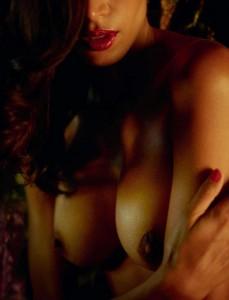 Raica Oliveira nipples