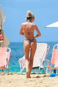 *EXCLUSIVE* Candice Swanepoel flaunts incredible bikini body in Brazil
