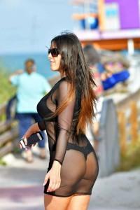 Claudia Romani hot ass