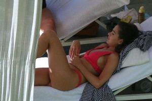*EXCLUSIVE* Hailee Steinfeld looks hot poolside in a pink bikini