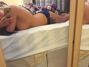 Isabel Hodgins selfie