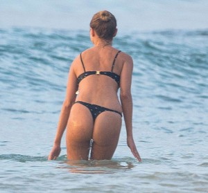 EXCLUSIVE: Kimberley Garner and friends are spotted on the beach in Barbados