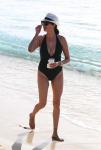 Lauren Silverman huge cleavage
