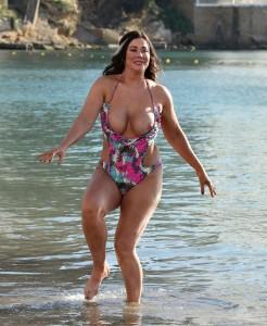 Lisa Appleton nipple slip