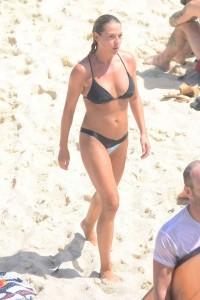 Lisa Clark black bikini
