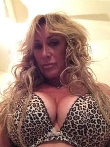 Carrie Michalka big bra