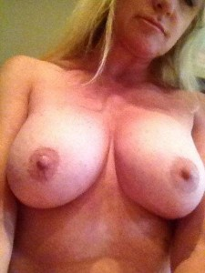 Carrie Michalka leaked topless