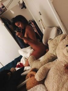 Kayleigh Morris nude leaked