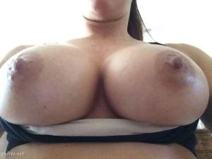 Mickie James leaked tits