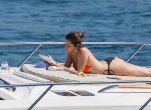 Selena Gomez paparazzi yacht