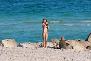 Sonia Sarpe hot bikini