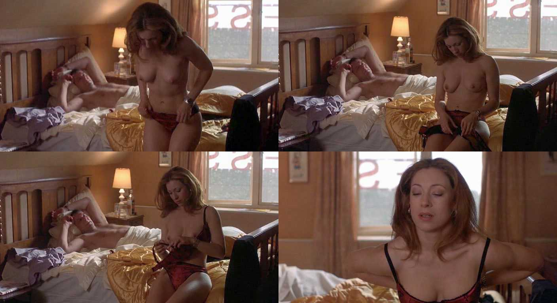 Nackt  Alexie Gilmore Svenja nude